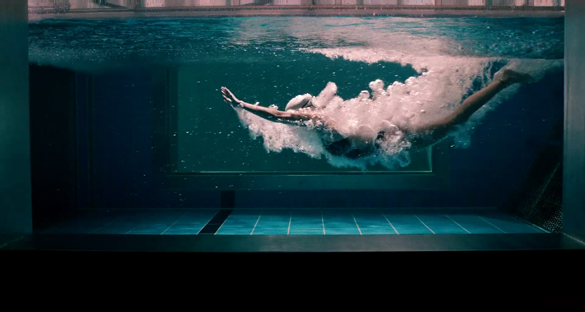 under armour - yusra mardini